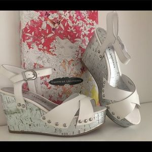 Chinese Laundry white/silver wedges